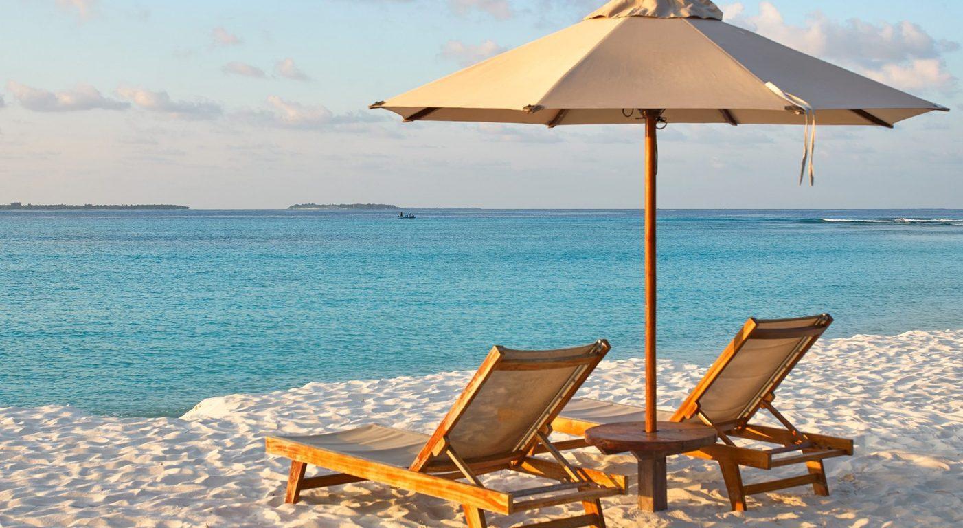 плаж на малдивите в Barefoot ecohotel