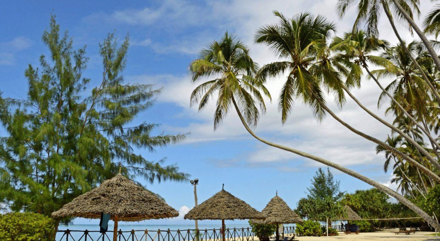 Почивка Занзибар в Ocean Paradise Resort and Spa плаж 3