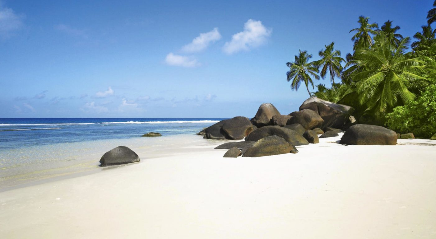 Почивка Сейшели beach labriz