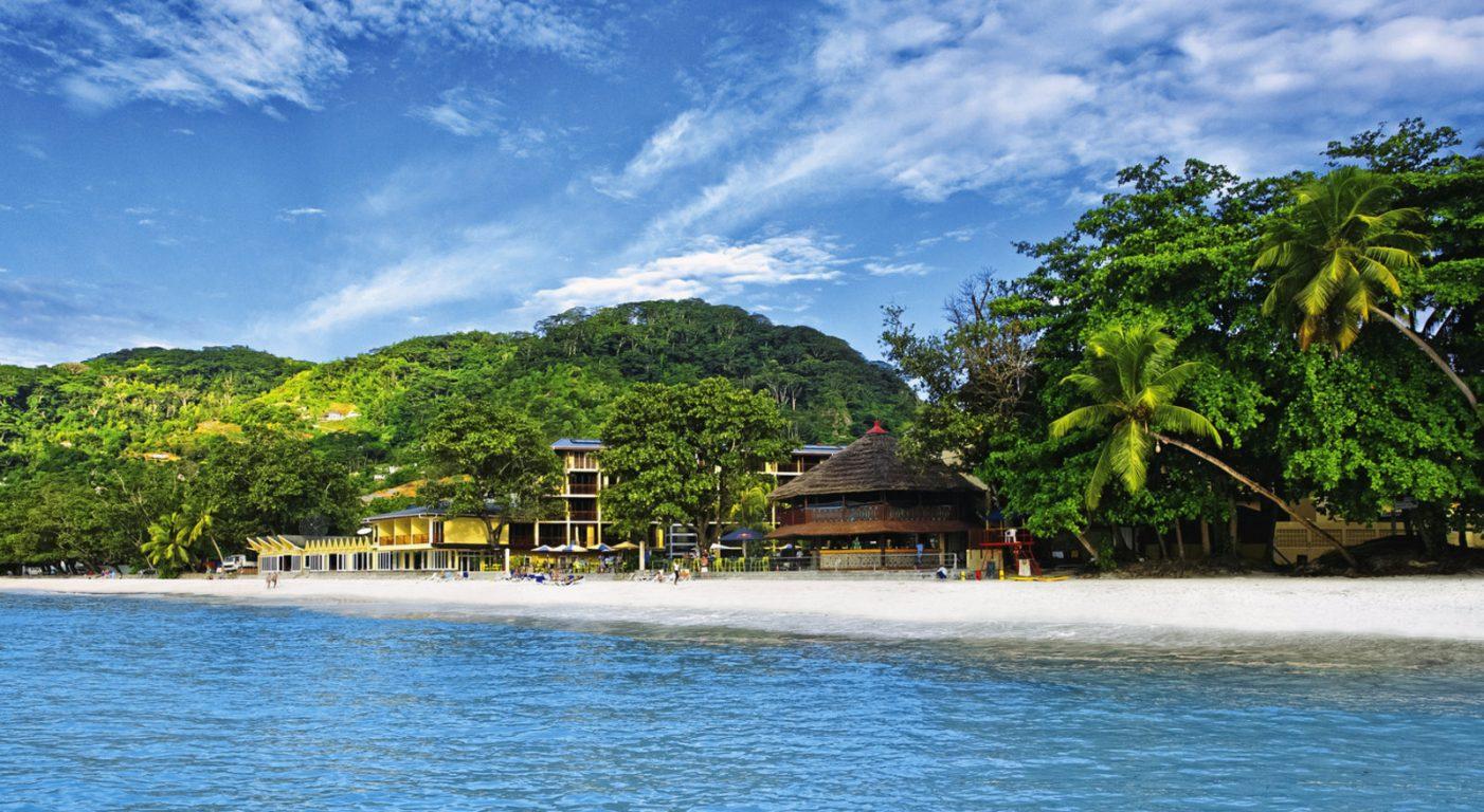 Почивка Сейшели coral strand
